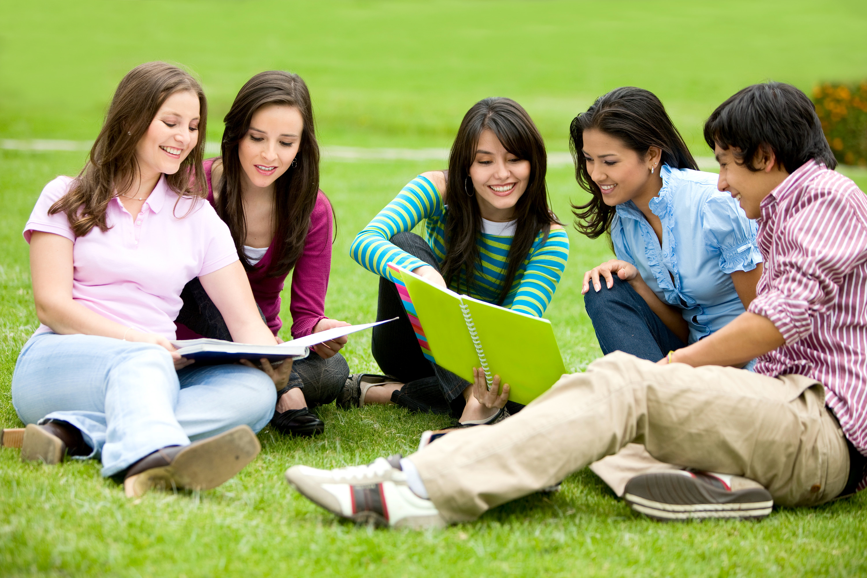 peer pressure academic and social clubs that enhance the socialization of the students Social skills and academic  mediator between parental expectations and students' academic outcomes  that academic pressure derived from.